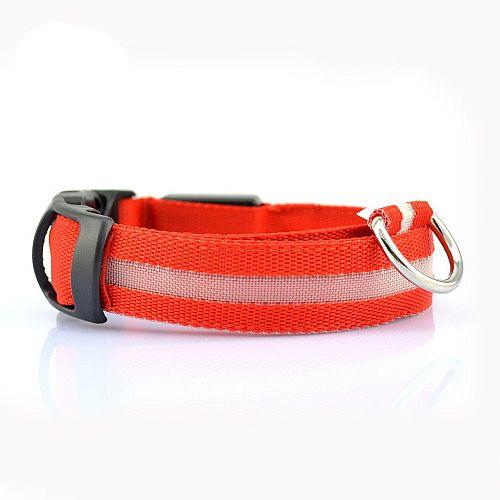 Светящийся ошейник для собак с USB зарядкой красный