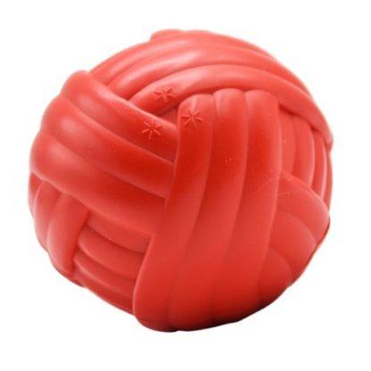 Плавающий мячик для собак красный