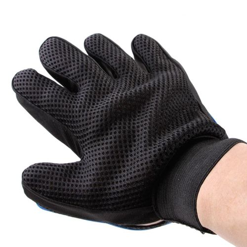 Силиконовая перчатка для мойки и вычесывания собак материал