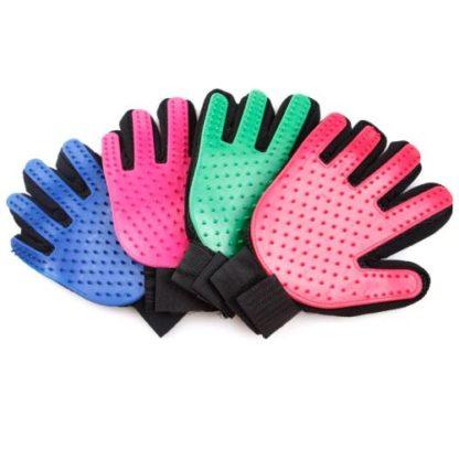 Силиконовая перчатка для груминга и мойки собак