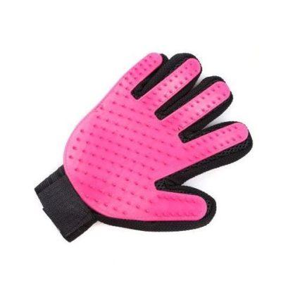 Силиконовая перчатка для груминга и мойки собак розовая