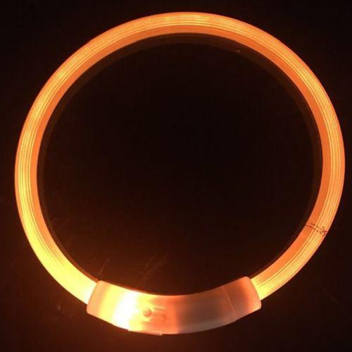 Светящийся силиконовый ошейник для собак. Яркое свечение